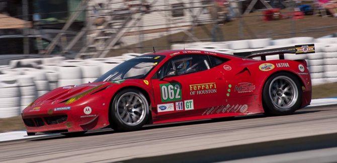 Risi Competizione Ferrari F458, car 062 in turn 5