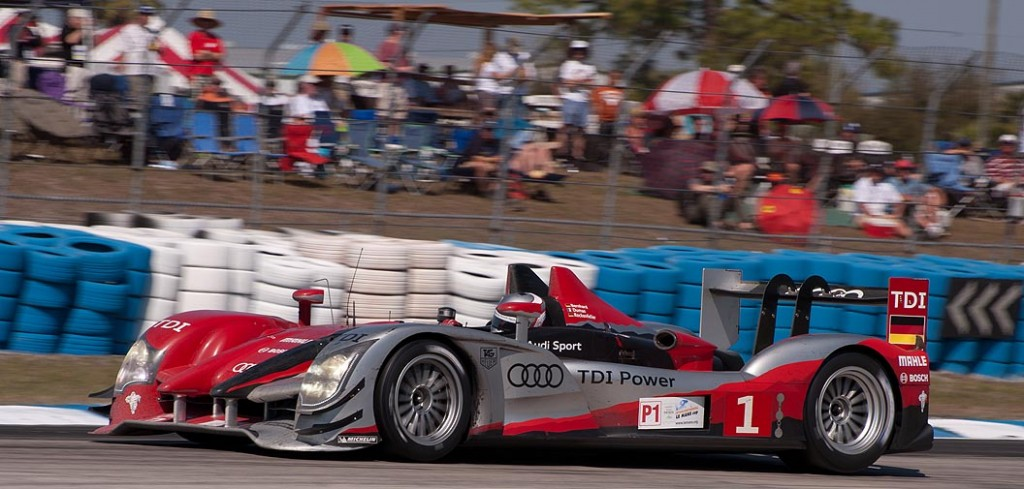 Audi R15+ car 1 swings into turn 5