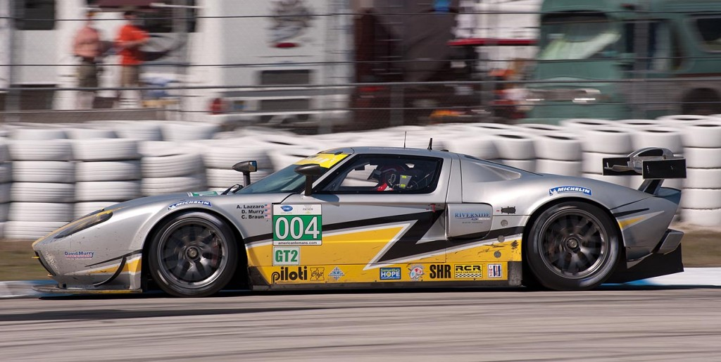 Robertson Racing Doran Ford GT, car 004 in turn 5