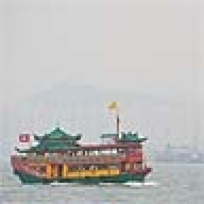 "1"" Simple image of a tourist Junk on Hong Kong harbor JPEG format"